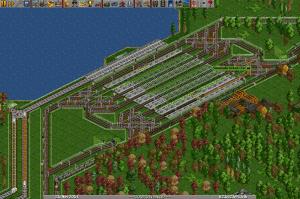 ein großer doppelseitig befahrbarer RiRo-Bahnhof